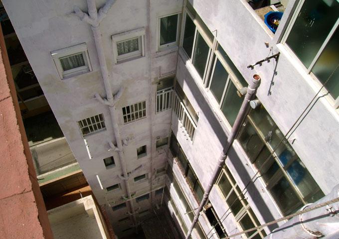 2Pintura y reforma de patios de luces almeria