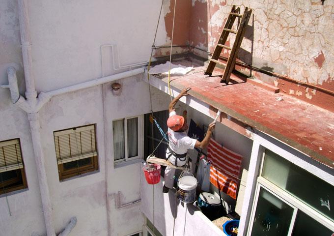 4Pintura y reforma de patios de luces almeria