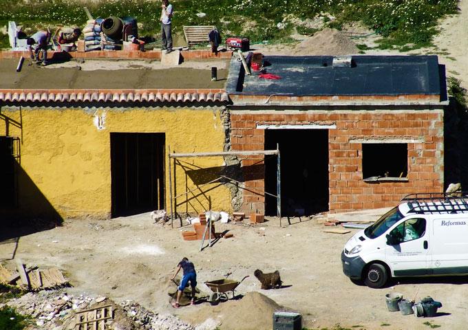 Construcción y reforma de Almacén de 80 metros. Almería